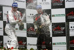Podium, Loic Duval, driver of A1 Team France and Earl Bamber, driver of A1 Team New Zealand, sprayin