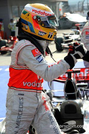 Lewis Hamilton logra la pole en el GP de Japón 2008