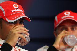 Conferencia de prensa de la FIA: Ganador de la pole Lewis Hamilton y el tercer puesto Heikki Kovalai