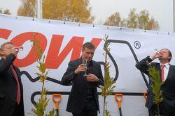 Hermann Tilke, David Coulthard et Hans Geist