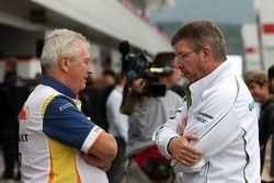 Pat Symonds, Renault F1 Team, directeur de la mécanique, Ross Brawn , Honda Racing F1 Team