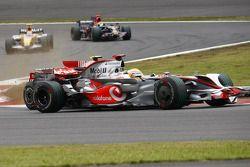 Felipe Massa, Scuderia Ferrari, F2008 Y Lewis Hamilton, McLaren Mercedes, MP4-23