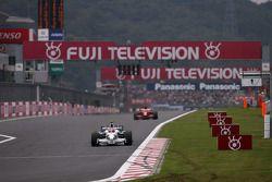 Robert Kubica, BMW Sauber F1 Team, Kimi Raikkonen, Scuderia Ferrari