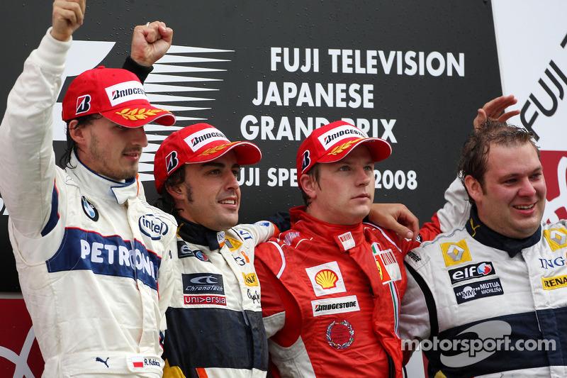 Alonso também venceu no Japão, com Robert Kubica, BMW-Sauber, em segundo, e Kimi Raikkonen, Ferrari, em terceiro