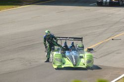 #9 Patron Highcroft Racing Acura ARX-01B: David Brabham, Scott Sharp, Dario Franchitti crashes at tu