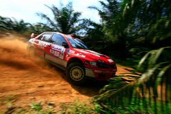 Scott Pedder and co-driver Glen Weston, Mitsubishi Lancer Evo 9 for MRF Tyres Rally Team