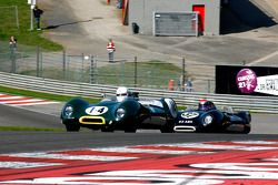 #14 Graham Bryant et Oliver Bryant, Lotus 15 ; #37 Philip Walker et Danny Wright, Lotus 15
