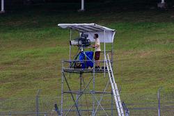 Camarógrafo de televisión en el trabajo