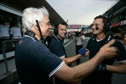 Piquet Sports fête la pole position de Roldan Rodriguez