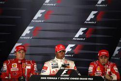 Пресс-конференция FIA: обладатель поула - Льюис Хэмилтон, второе место - Кими Райкконен, третье мест