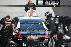 Jack Daniel's Racing s'entraîne dans les arrêts aux stands