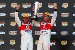 Craig Lowndes et Jamie Whincup gagnent la 2008 Bathurst 1000