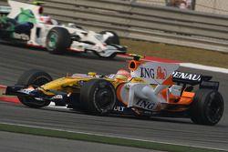 Nelson A. Piquet, Renault F1 Team devant Rubens Barrichello, Honda Racing F1 Team