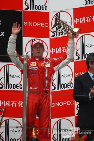 Podio: tercer lugar Kimi Raikkonen