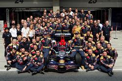 Equipo Scuderia Toro Rosso, Sebastian Vettel y Sébastien Bourdais con gestión de equipos, ingenieros