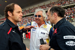 Gerhard Berger, Director del equipo Flavio Briatore y jefe del equipo Franz Tost
