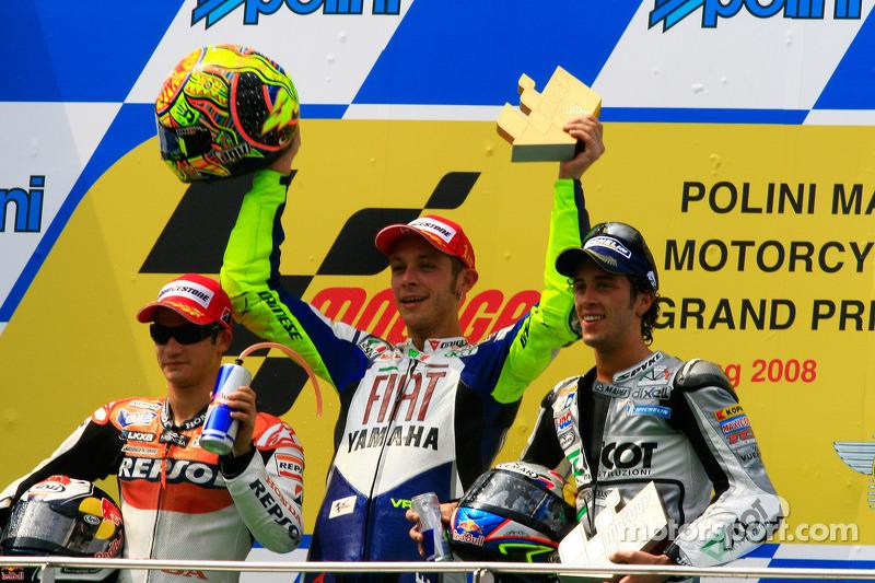 Podio: 1º Valentino Rossi, 2º Dani Pedrosa, 3º Andrea Dovizioso