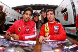 Session d'autographes: Jose Maria Lopez et Martin Bosso