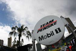 Team Penske pit detail