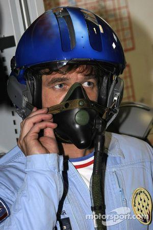 Sebastien Loeb avec la patrouille de France dans la région de Provence en France et dans les Alpes françaises