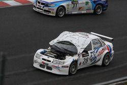 Viktor Shapovalov, Scuderia Bears Motorsport, LADA 110 2.0 dont le capot s'est ouvert