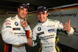 Jorg Muller, BMW Team Germany, BMW 320si et la pole postion Augusto Farfus, BMW Team Germany, BMW 320si