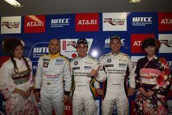 Gabriele Tarquini, SEAT Sport, SEAT Leon TDI with Augusto Farfus, BMW Team Germany, BMW 320si and Jorg Muller, BMW Team Germany, BMW 320si
