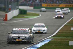 Paul di Resta, Team HWA AMG Mercedes, AMG Mercedes C-Klasse, leads Jamie Green, Team HWA AMG Mercede