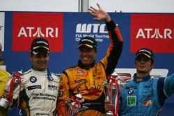 Augusto Farfus, BMW Team Germany, BMW 320si e Tom Coronel, Sun Red SEAT Team, SEAT Leon FSI