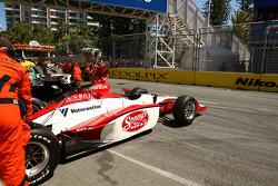 Mario Moraes crashes out