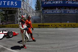 Mario Moraes crashed at Turn 1