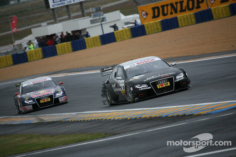 Timo Scheider, Audi Sport Team Abt, Audi A4 DTM por delante Mattias Ekström, Audi Sport Team Abt Sportsli