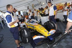 Lucas Di Grassi gets ready for a demo run in the Renault F1 R27