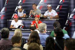 Пресс-конференция FIA: Льюис Хэмилтон, Фелипе Масса, Нельсон Пике мл., Дэвид Култард и Рубенс Баррик