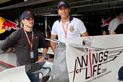Stock otomobil pilotu s Daniel Serra ve Carlos Bueno