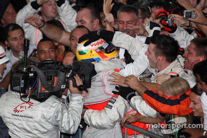 2008: Hamilton neemt wraak
