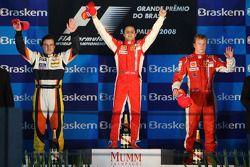 Podio: Ganador de la carrera Felipe Massa,segundo lugar Fernando Alonso y tercer lugar Kimi Raikkone