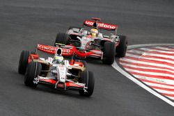 Giancarlo Fisichella, Force India F1 Team, VJM-01 leads Lewis Hamilton, McLaren Mercedes, MP4-23