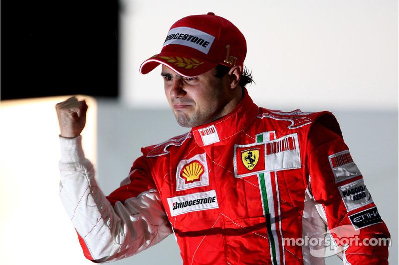 Podio: ganador de la carrera Felipe Massa 2008