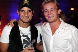 Fin de temporada fiesta, Memorial da América Latina: piloto prueba Vitantonio Liuzzi y Nico Rosberg