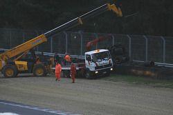 La qualification de GT1 est interrompu comme le résultat d'une sortie brutale de la #1 Maserati