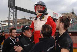Friday race: Yarış galibi Tibor Valint