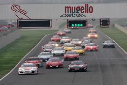 Saturday race: Trofeo Pirelli start