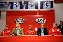 basın toplantısı: Kimi Raikkonen, Luca di Montezemolo, Felipe Massa,Stefano Domenicali ve Piero Ferr