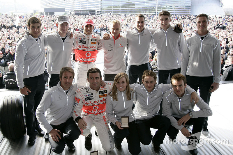 Bruno Spengler, Marco Engel, Lewis Hamilton, Heikki Kovalainen, Gary Paffett, Paul di Resta, Ralf Schumacher, Bernd Schneider, Pedro de la Rosa, Susie Stoddart, Mathias Lauda, Jamie Green