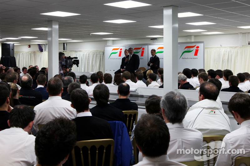 Simon Roberts Force India F1 Chief Operating Officer, Dr Vijay Mallya Force India F1 Team Owner and