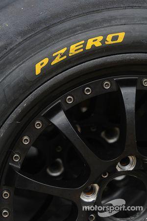 2009 spec Pirellis