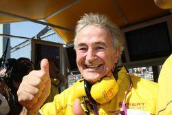 Hugues de Chaunac festeggia il titolo di Yvan Muller