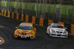 Tom Coronel, Sun Red SEAT Team, SEAT Leon FSI e Alex Zanardi, BMW Team Italy-Spain, BMW 320si
