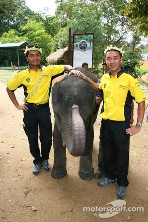 Fairuz Fauzy, driver of A1 Team Malaysia and Aaron Lim, driver of A1 Team Malaysia at the Gandah Elephant Orphanage